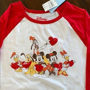 3/4 length Disney shirt